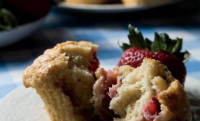 Fresh Strawberry Muffins recipe